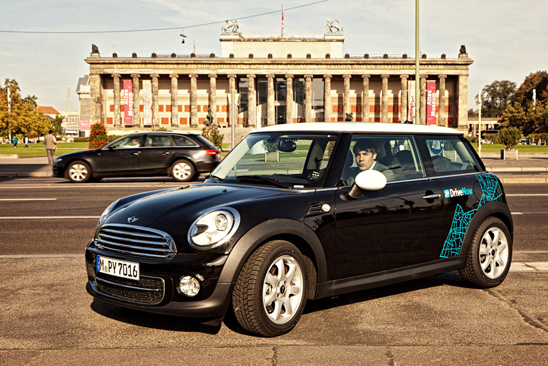 jubil um 2 jahre drivenow carsharing in berlin drivenow gutschein. Black Bedroom Furniture Sets. Home Design Ideas